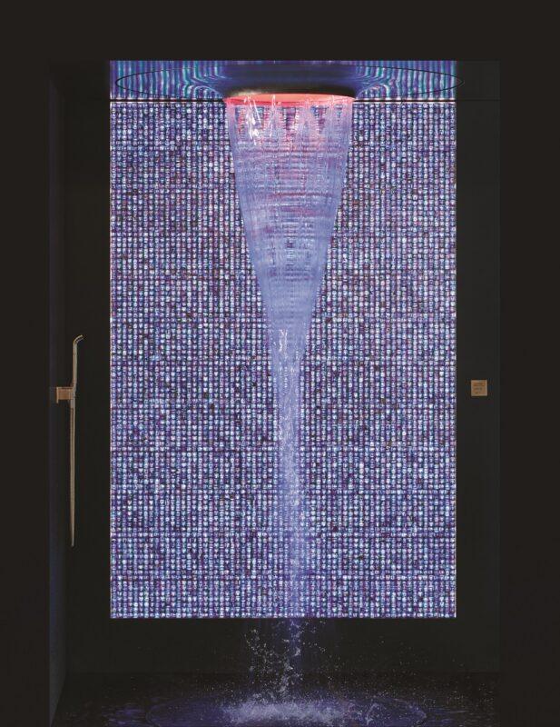 Badbeleuchtung Glasmosaikwand
