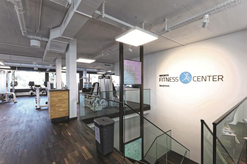 glasmosaik fliesen fitnessstudio